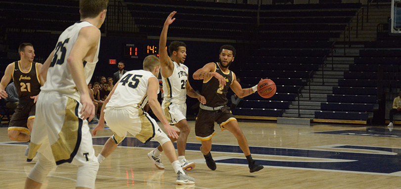 Senior guard Jay Battle had a game-high 26 points in the victory over Heidelberg University (Photo Courtesy of Alec Palmer)