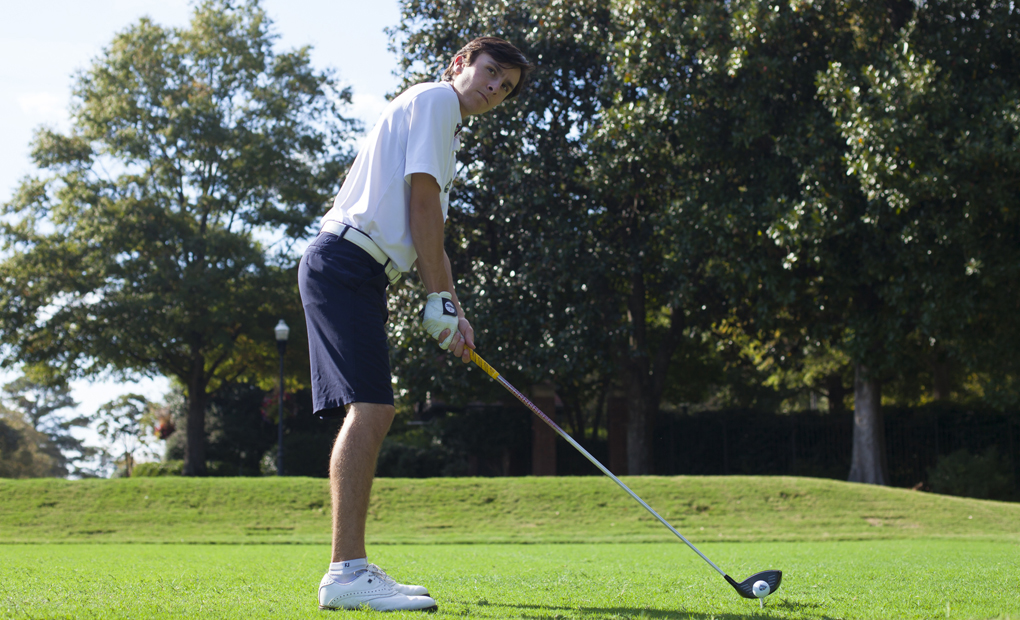 Matt Organisak Earns UAA Golf Honor