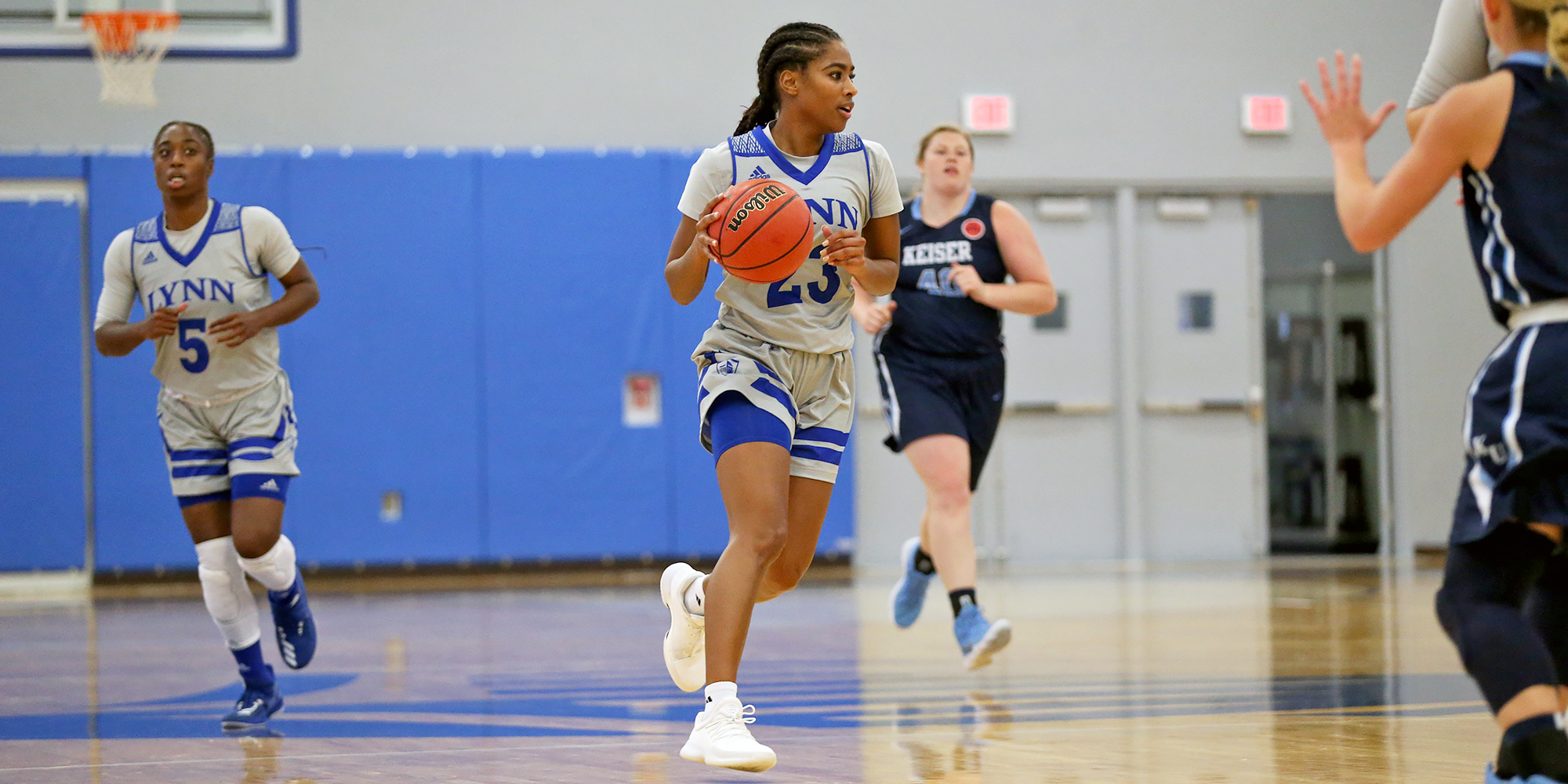 Four Score in Double Digits as Women's Basketball Downs St. Thomas