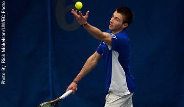 Men's Tennis Wins Three Duals this Weekend