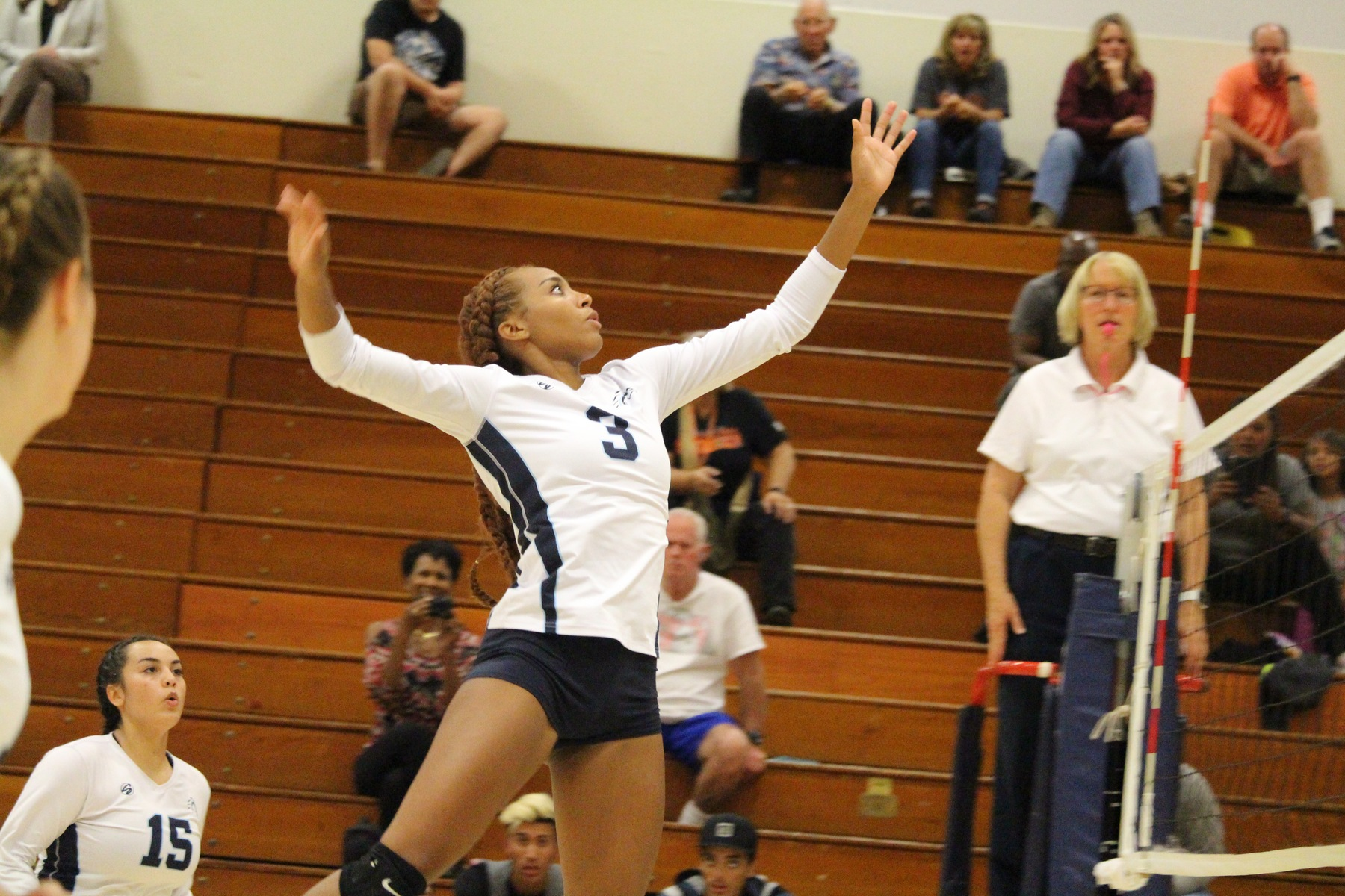 No, 22 Volleyball Completes Third Straight Sweep at Home with Victory Over Riverside