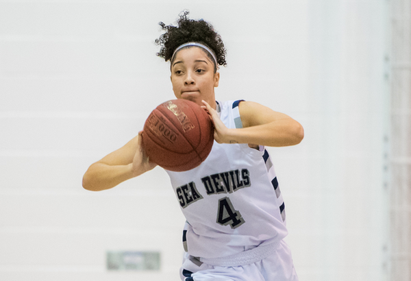 Sea Devil Nikia Wallace Inks DII Scholarship with Gannon University