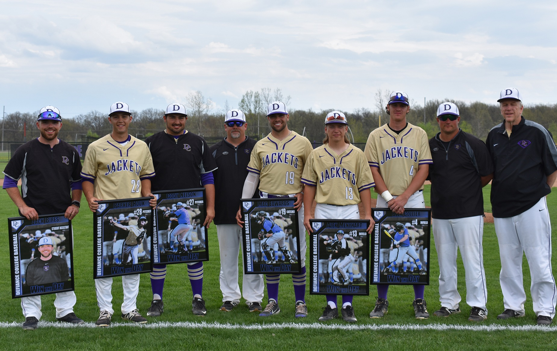 Yellow Jackets Fall to Nationally Ranked Franklin on Senior Day