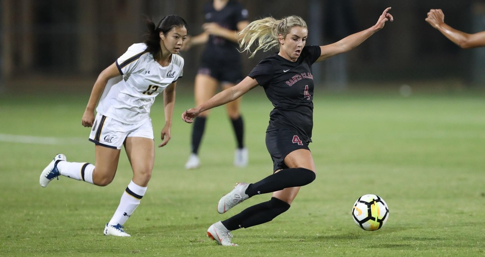 No. 4 Women's Soccer Keeps on Rolling With Win at LMU