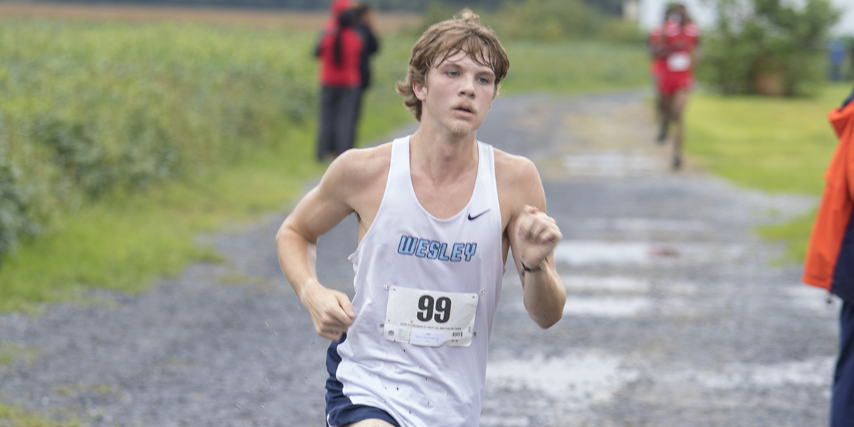 Dawson, Anastasi place 1-2 at Delaware State Invite