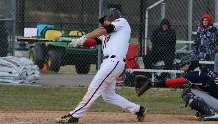 Baseball drops doubleheader against Penn St.-Behrend