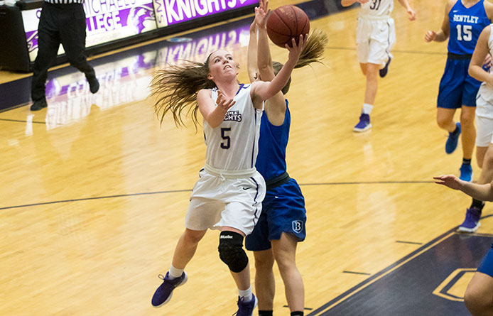 Women's Basketball Shoots 69.0 Percent in Second Half, Pulls Away for 75-63 Victory