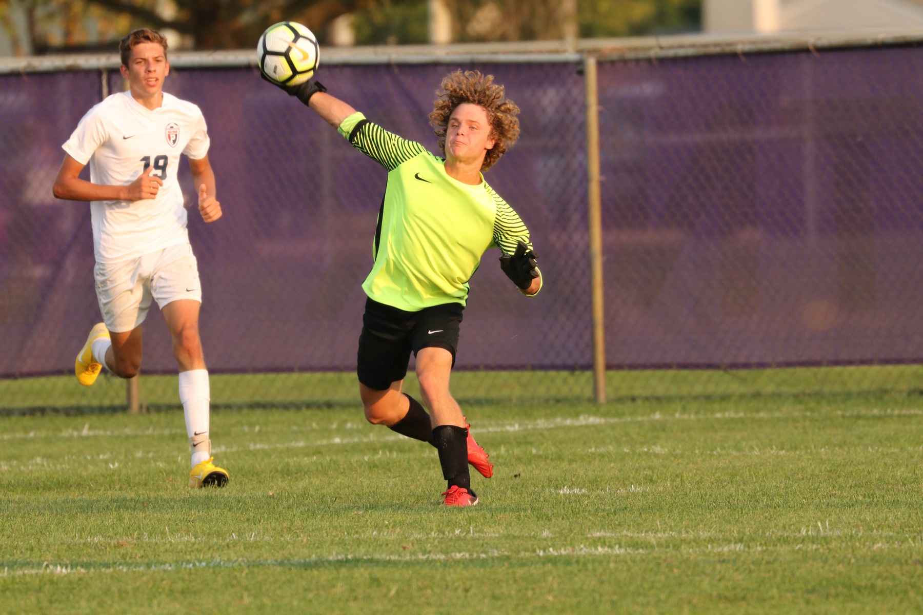 Boys Soccer Beats Guerin Catholic