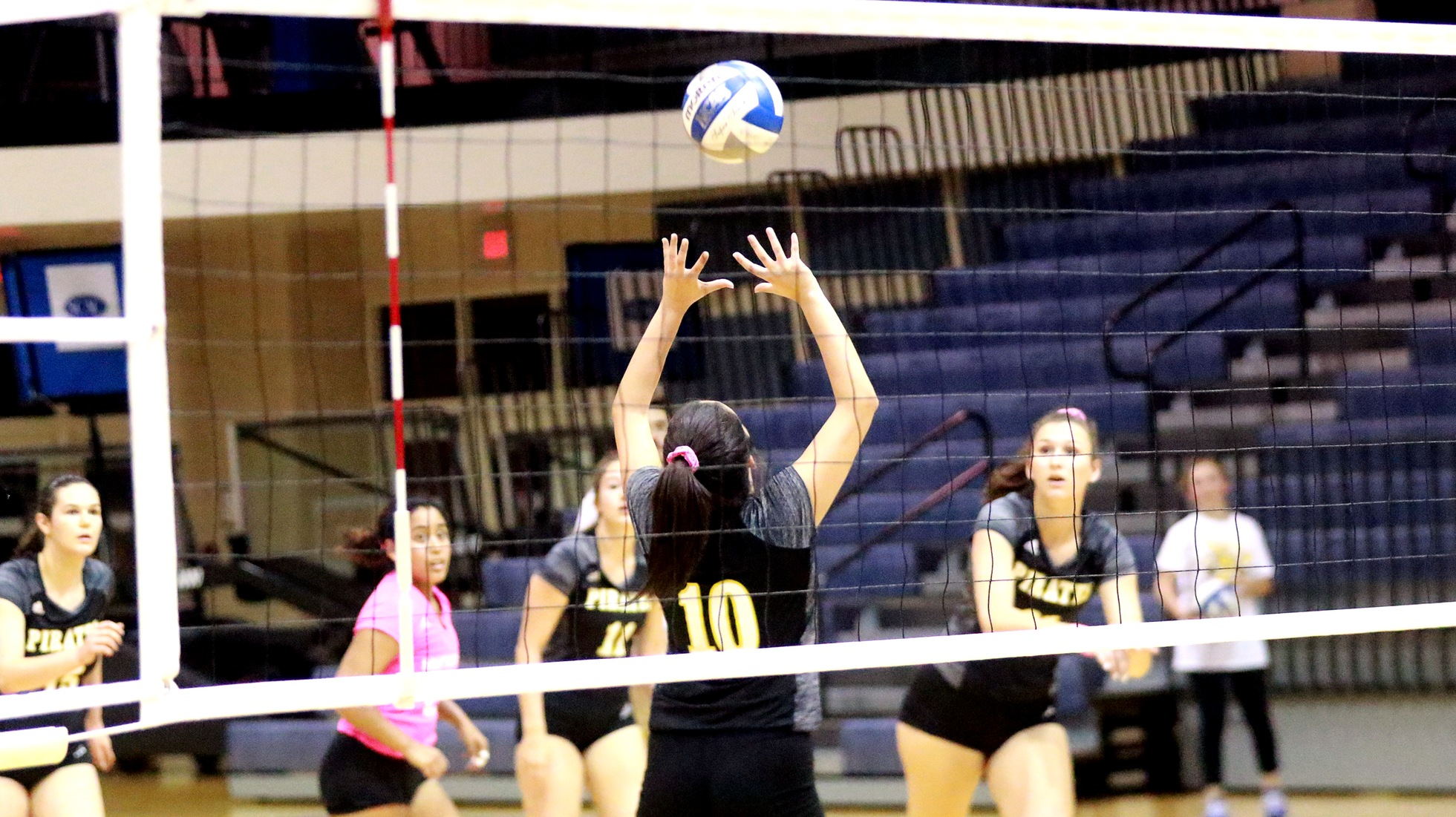 Volleyball Drops Match With Colorado College In Three Sets