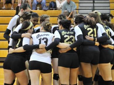 Volleyball Loses at Piedmont, 3-1