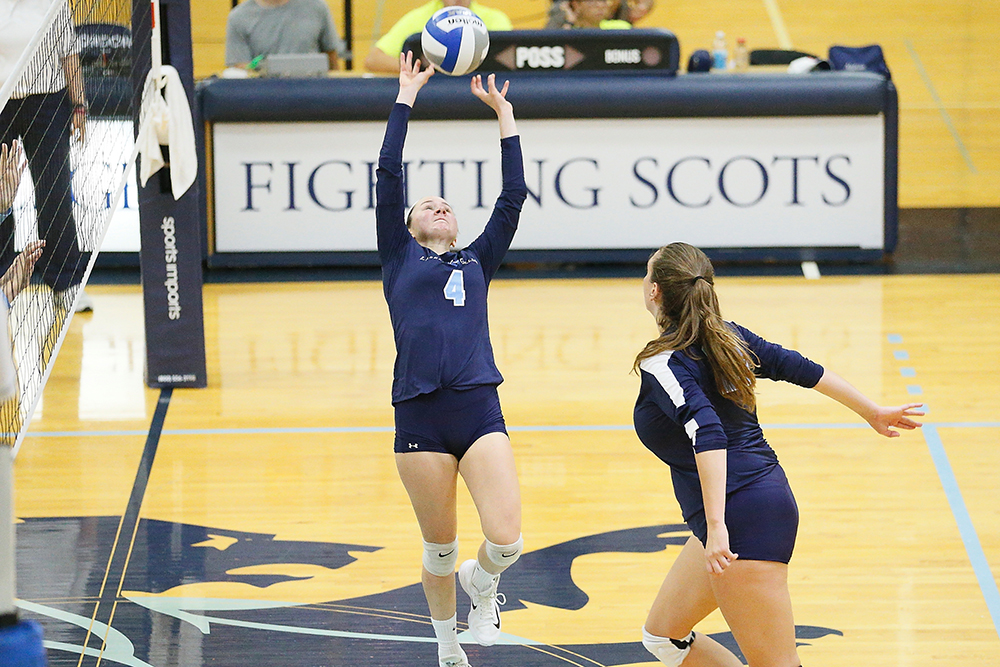 Lasell Women's Volleyball takes down Newbury