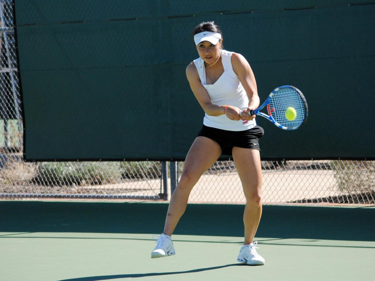 Women's Tennis Victorious Over Cal Poly, 4-0
