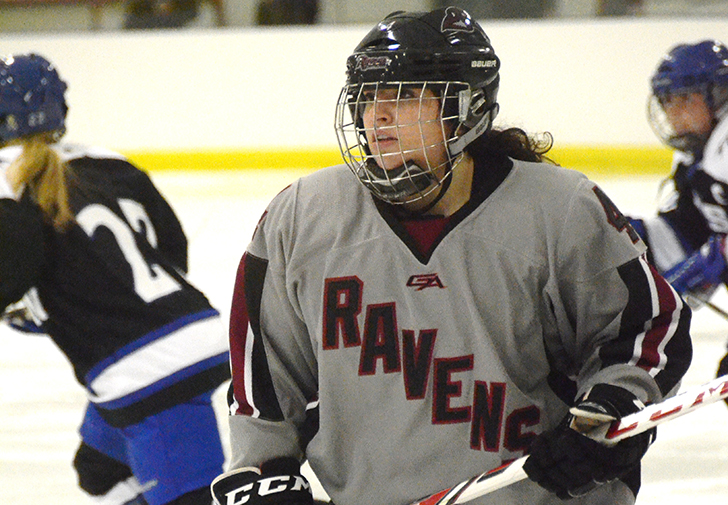Late Goal Seals Deal as Women's Ice Hockey Falls at Saint Anselm, 3-1