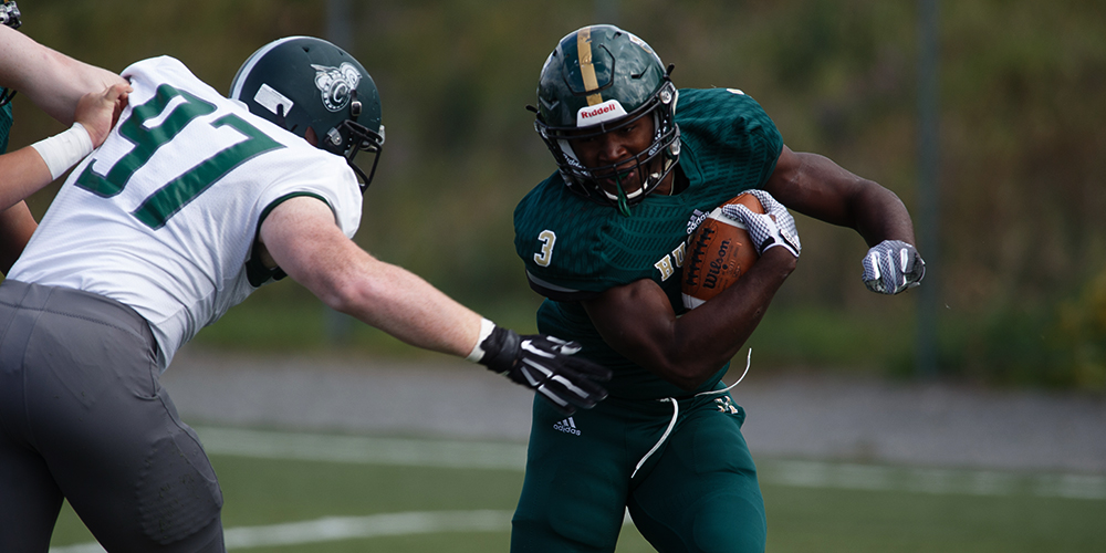Eagles Fall at Alfred; Smith Ties Career Mark for 100 Yard Rushing Games