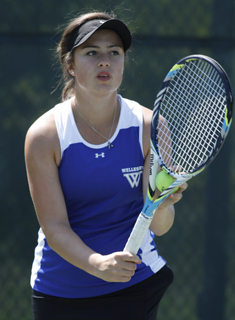 Tennis Wraps Up Play at Bowdoin Invitational