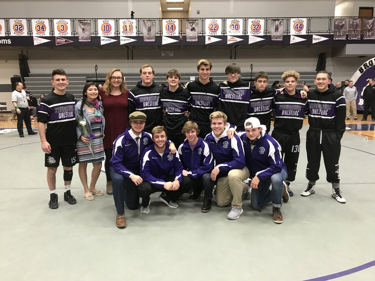 Wrestling Honors Seniors