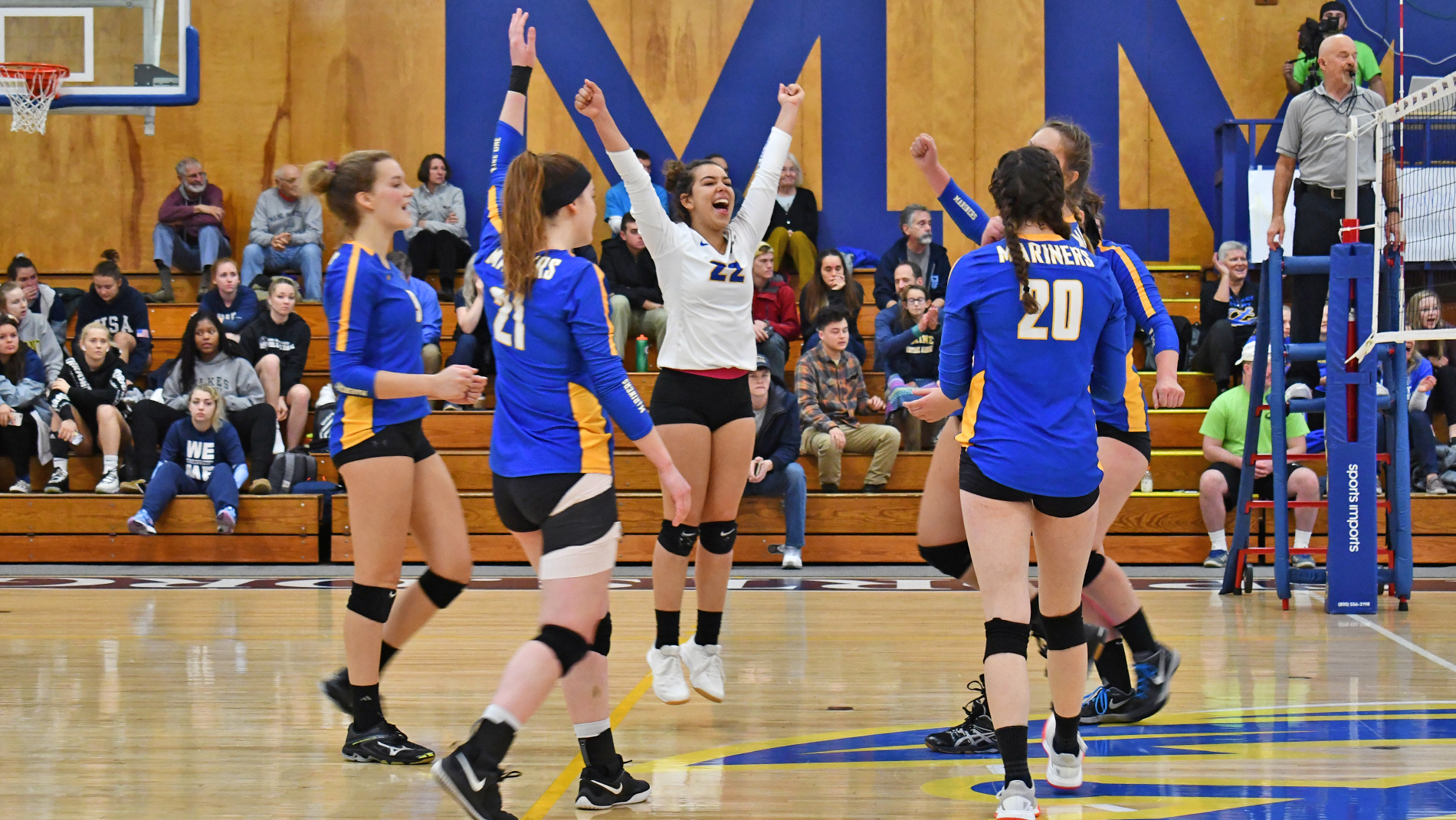 Volleyball Advances to 13th-Straight NAC Final