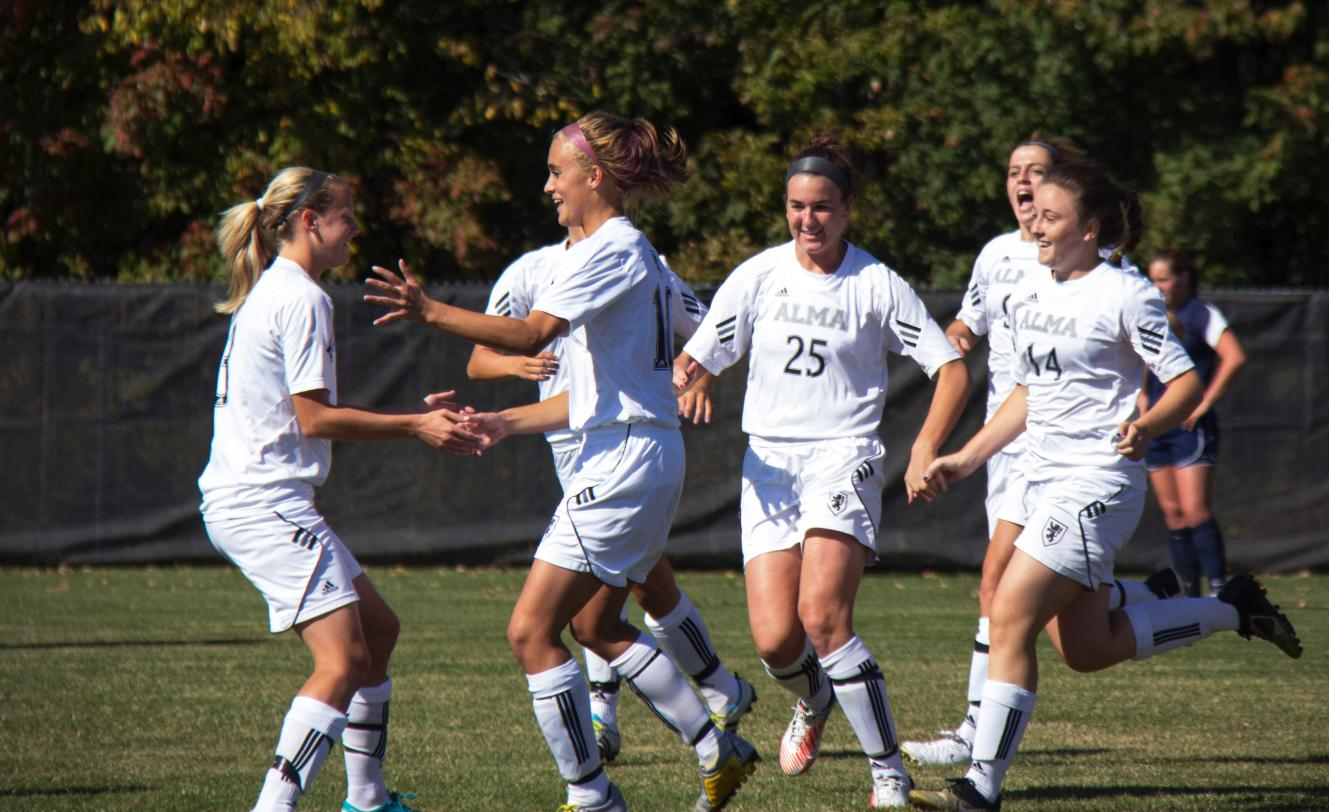 Women's Soccer defeats Trine 2-0 on Saturday afternoon