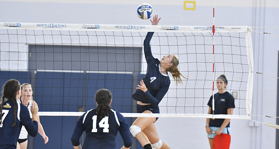 Lyons Volleyball Falls To Wheaton In Four