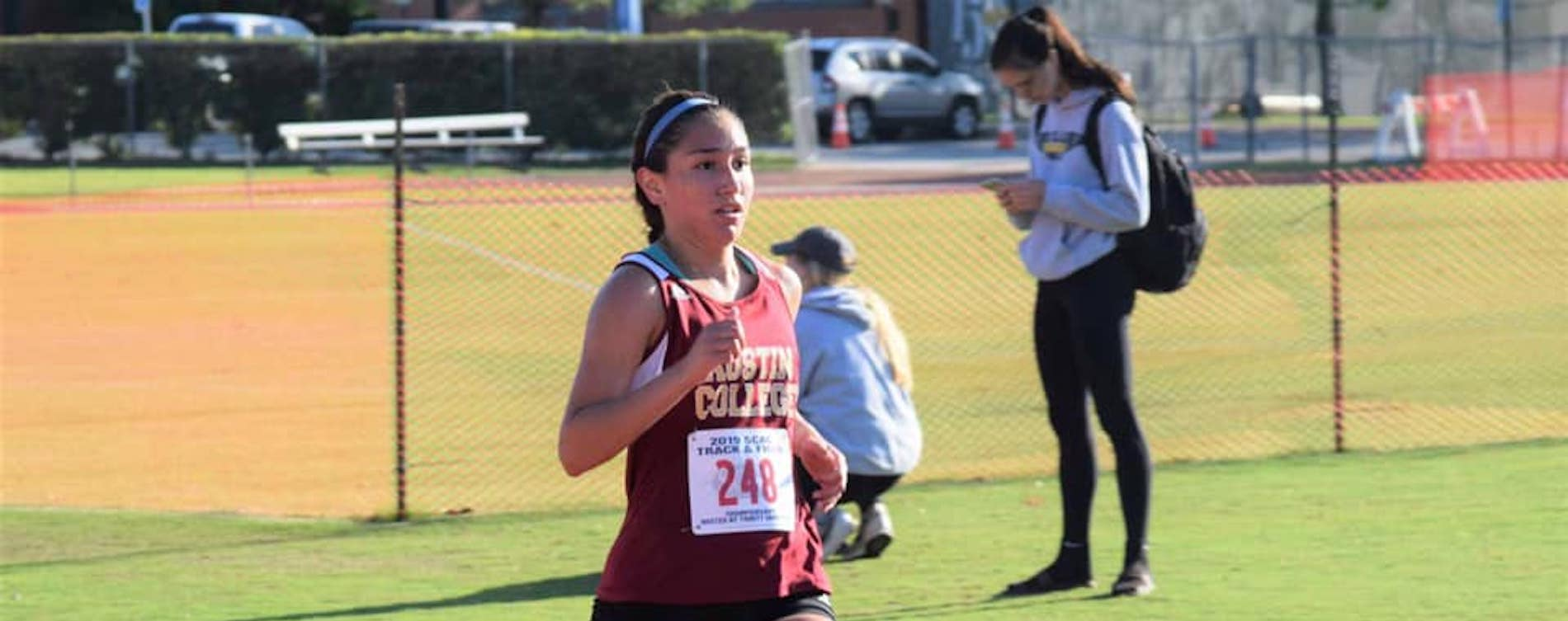 'Roos Run Well at SCAC Championships