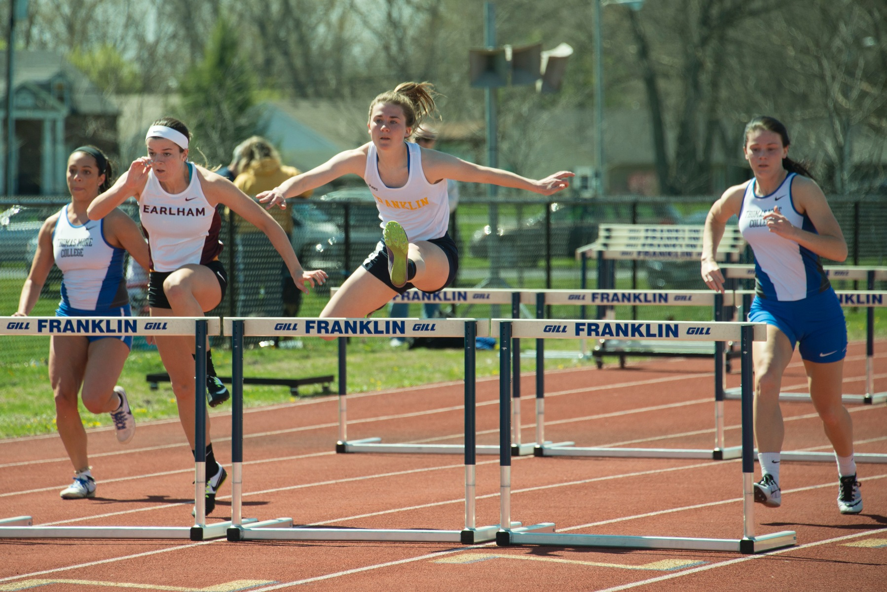 Women's Track and Field Team Has Strong Performances At Twilight Meet