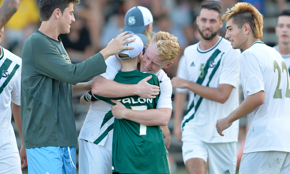 MEN'S SOCCER GETS LATE HARRINGTON GOAL TO TIE, AND JACKSON PK GOAL IN OVERTIME TO BEAT LMU