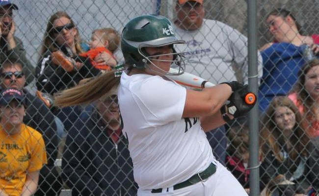 Keuka College Softball Goes 1-1 on Saturday