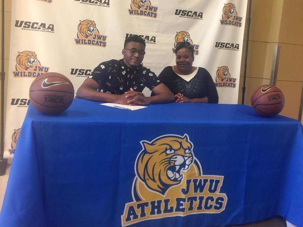 Cedar Ridge's Colby Cashaw Signs with JWU Men's Basketball