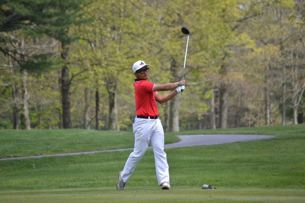 GOLF IN FOURTH PLACE AFTER DAY ONE OF 2017 CACC GOLF CHAMPIONSHIPS