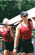 Women's Crew Faces Strong Competition at Sacramento Invitational
