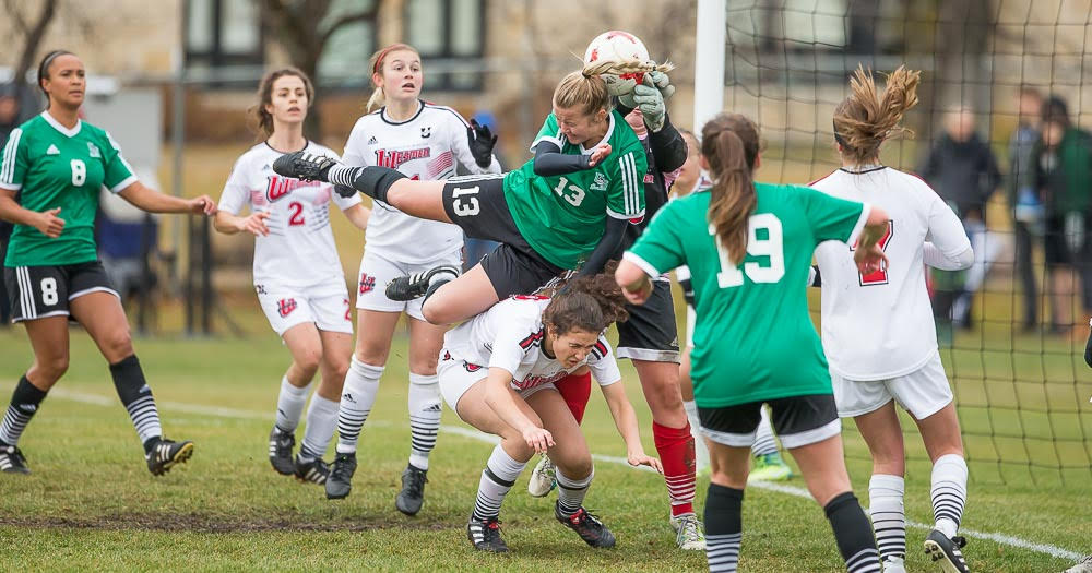 Women's soccer wins final match; secure home playoff game