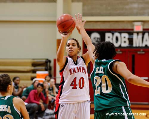 Taja Green recorded a new career high 34 points while pulling down 13 boards