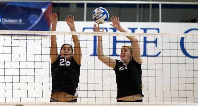 Hornet Volleyball Breezes to 3-0 Win over Hollins