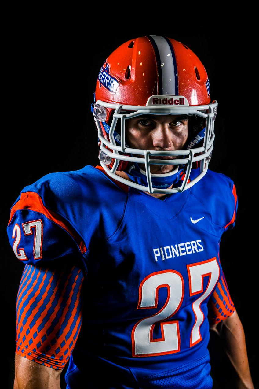369038576d9a The Nike Effect  2013 Pioneer Football Uniforms - Wis.-Platteville