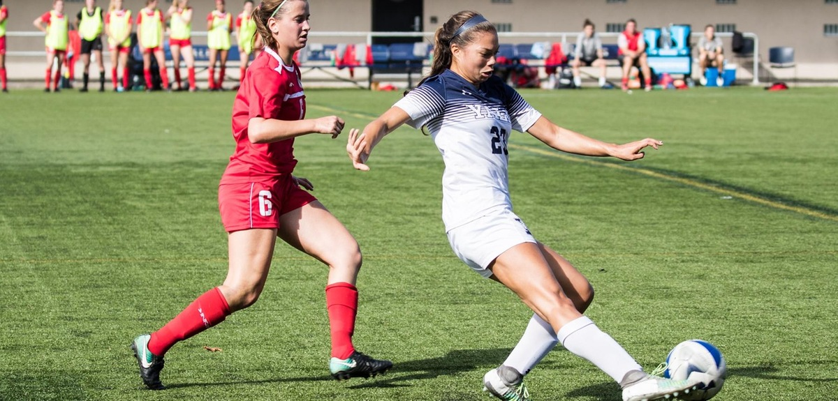 Reina Bonta in last year's game with Cornell (Steve Musco photo)