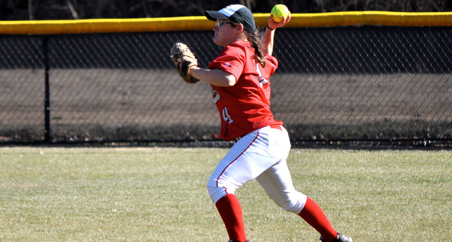 Lynchburg Softball Falls to No. 7 Emory, Rallies in the Seventh Inning to Beat Millsaps