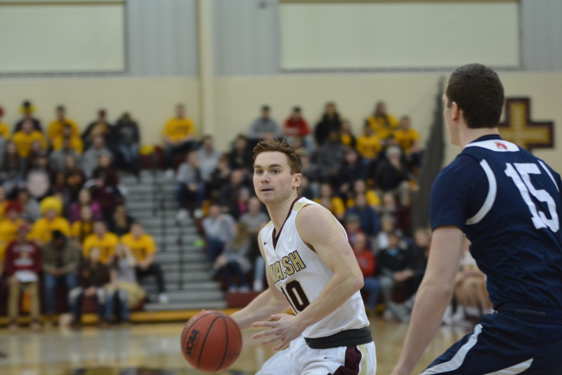 Men's Basketball Goes 2-0 in Opening Home Games