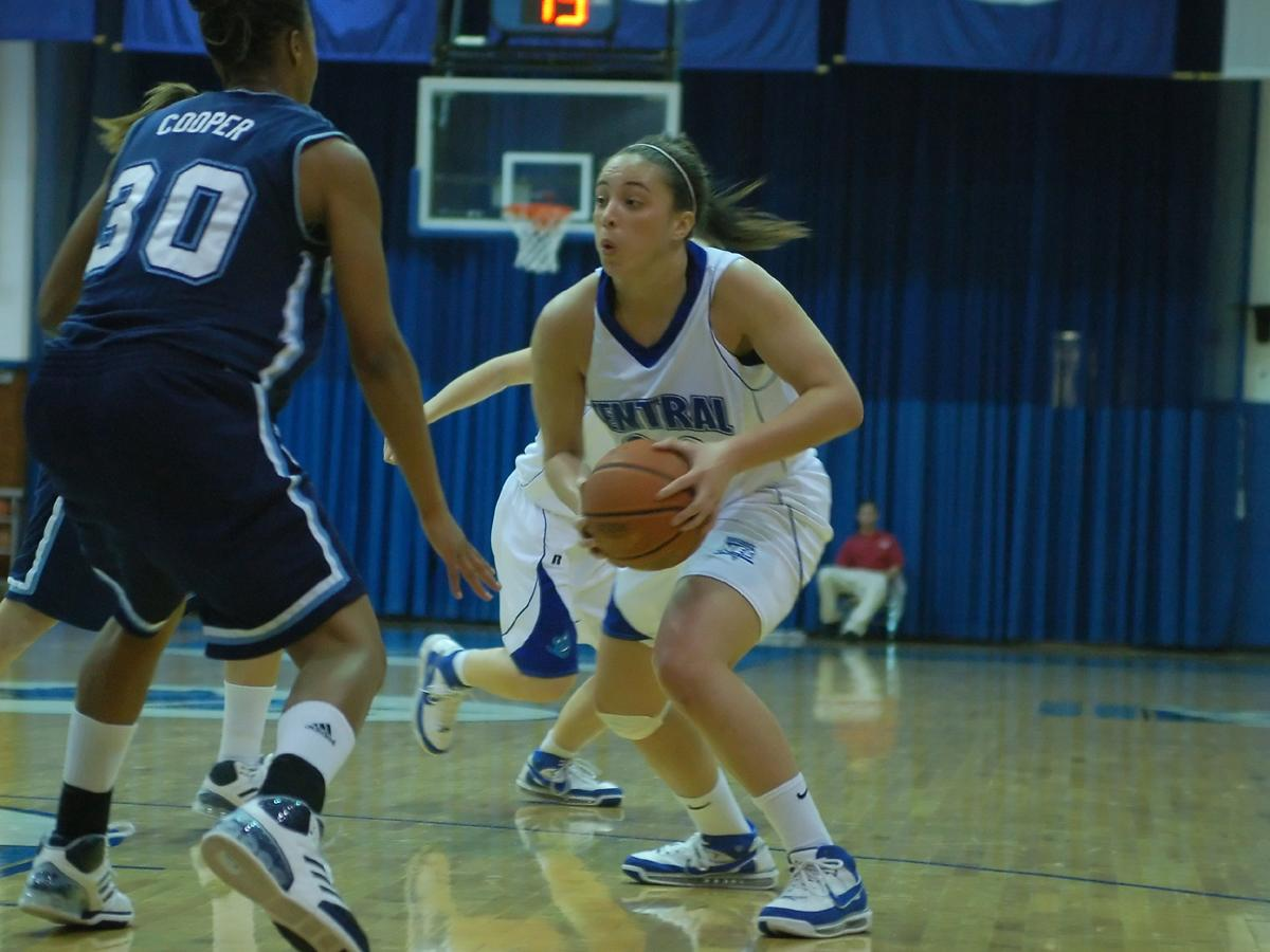 Dugan Scores 12 in Season-Opener, Blue Devils Lose at USF