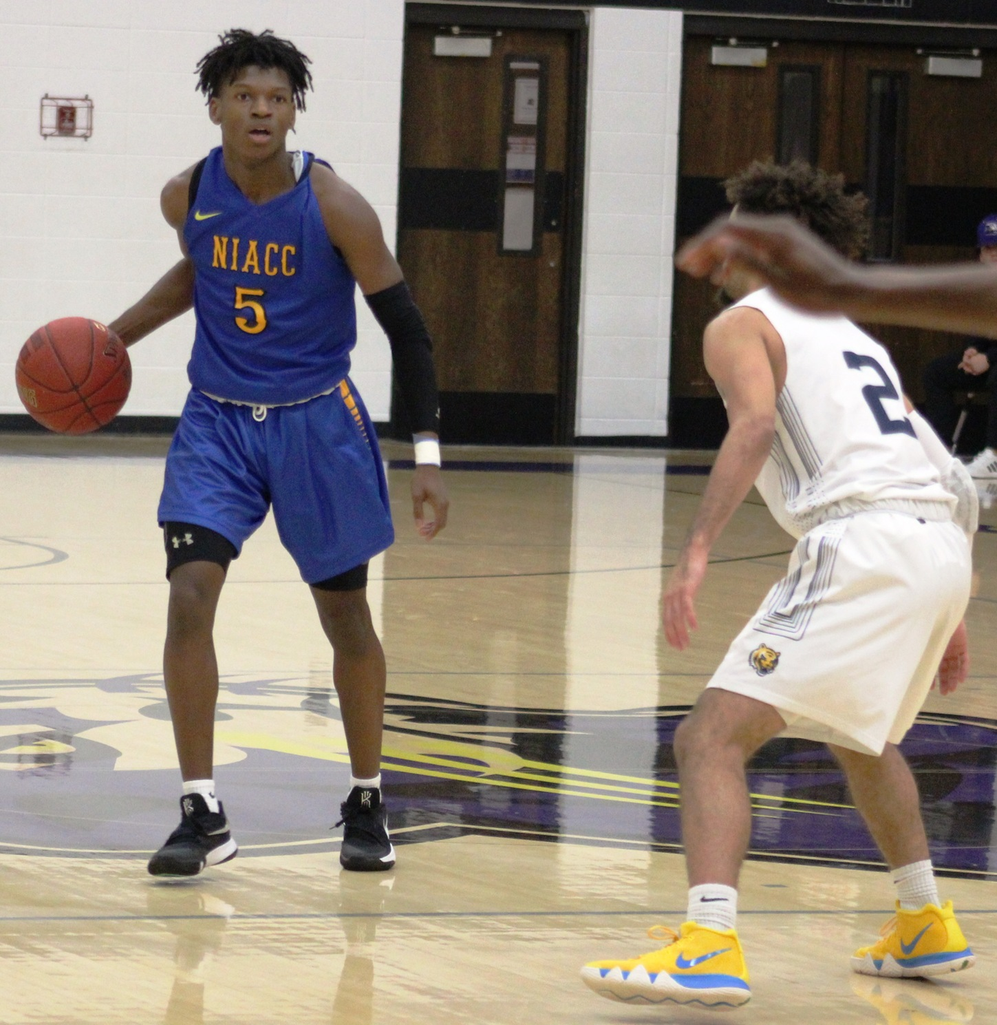NIACC's Quentin Hardrict brings the ball up court against Marshalltown CC at the Dale Howard Classic earlier this season.