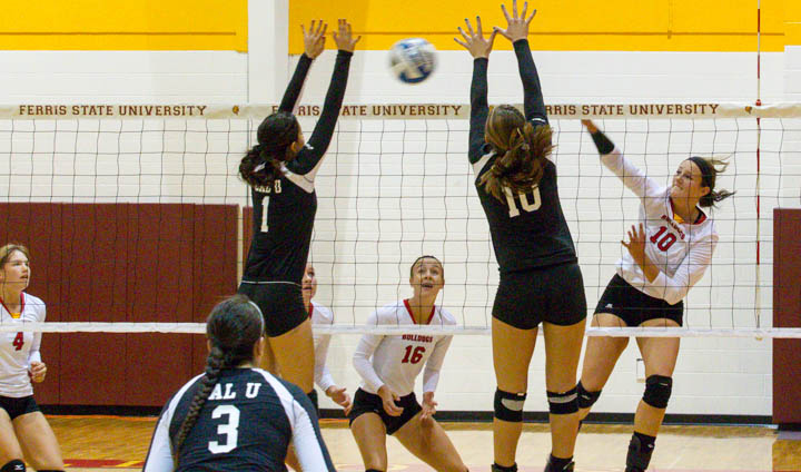 Ferris State Volleyball Motors Past Northwood In Conference Opener