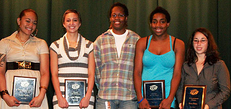 Award winners from the GU women's basketball team