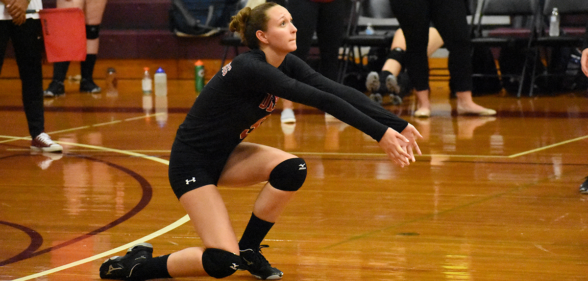 Women's Volleyball Swept At Regis Tri-Match