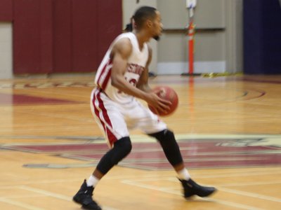 Men's Basketball: Defeated by the Lions