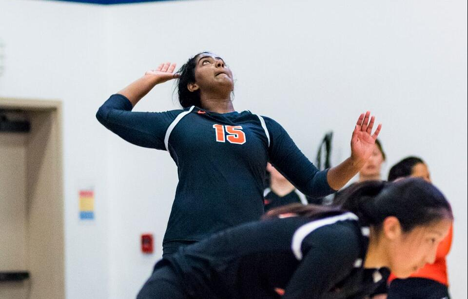 Volleyball Takes First Set From Oxy Since '05