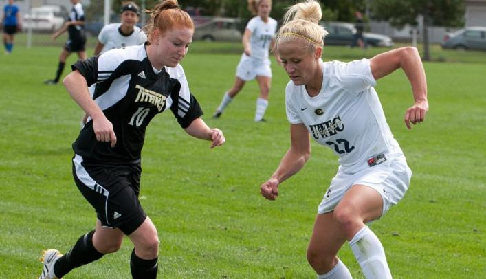 Soccer Falls to Whitewater in Final Regular Season Match