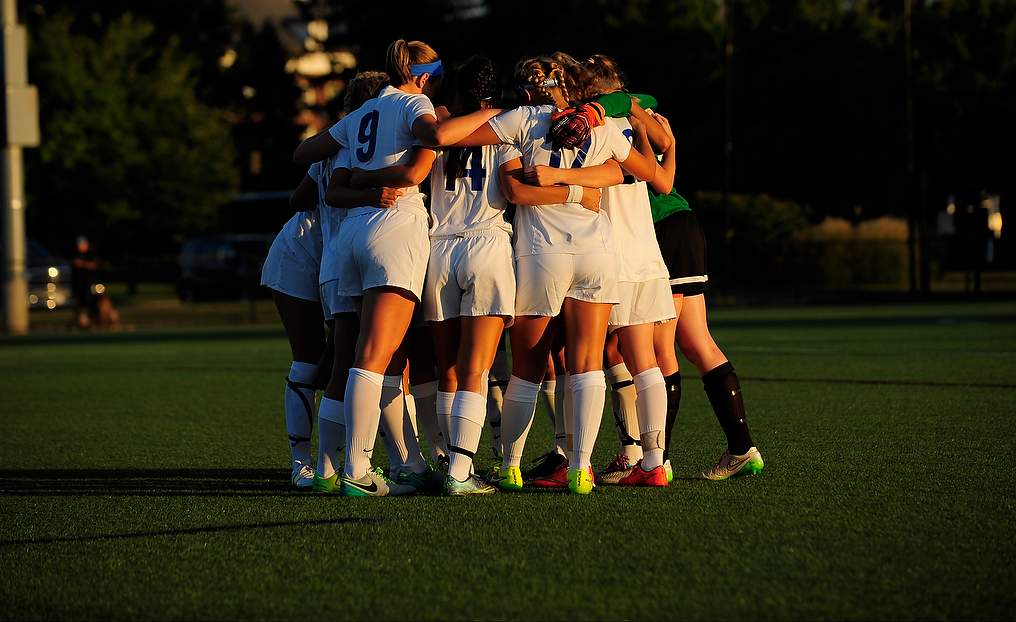 Women's Soccer Aims to Break Through in 2017