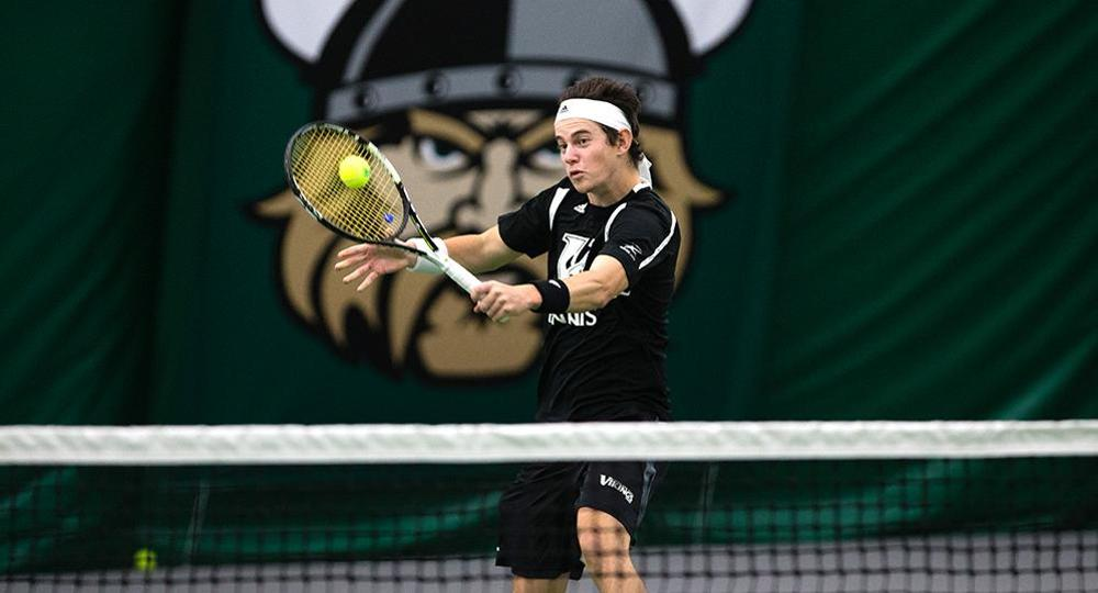 Vikings Fall To League-Leader Valparaiso, 7-0