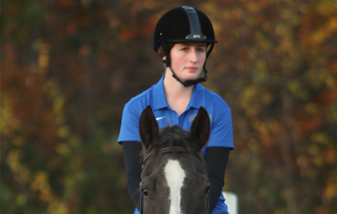 Equestrian Earns Second Place at Brown University Show
