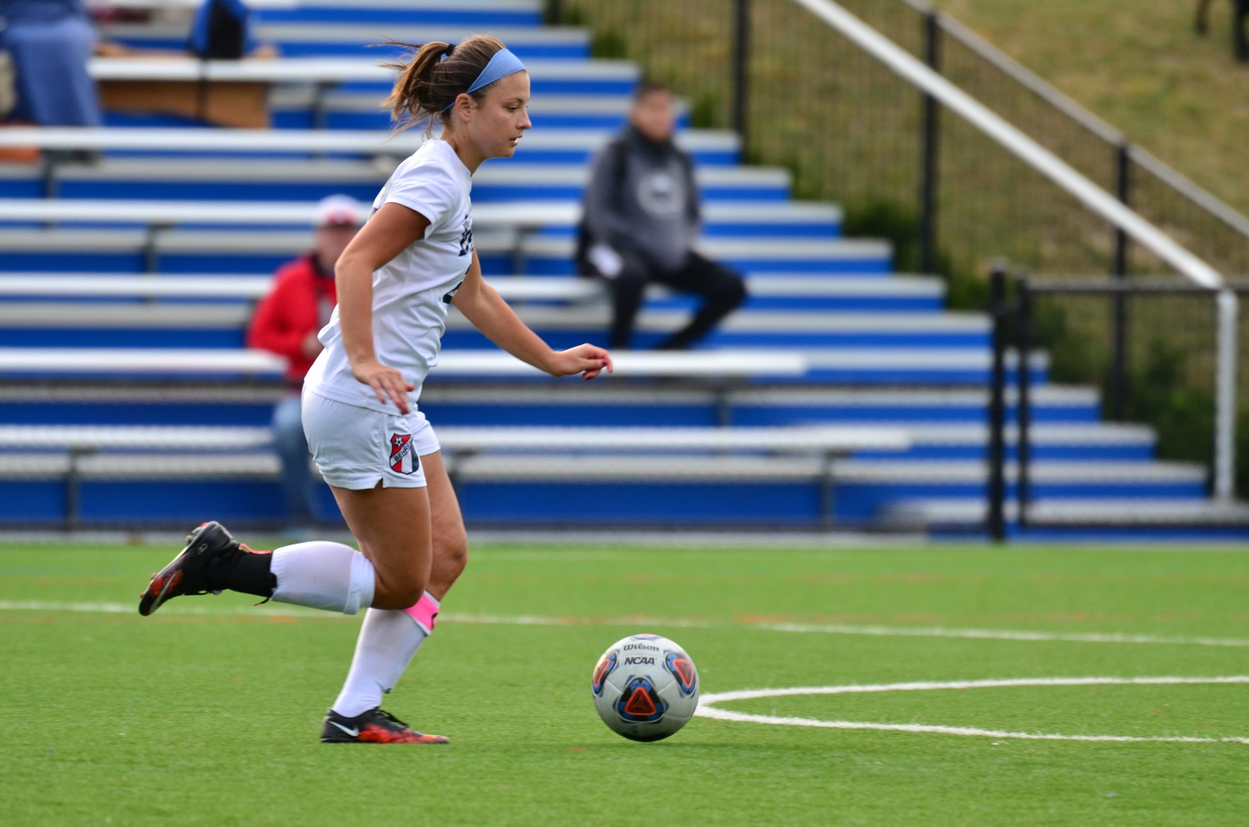 Oberlander Nets Hat Trick; Lions Fall to W&J