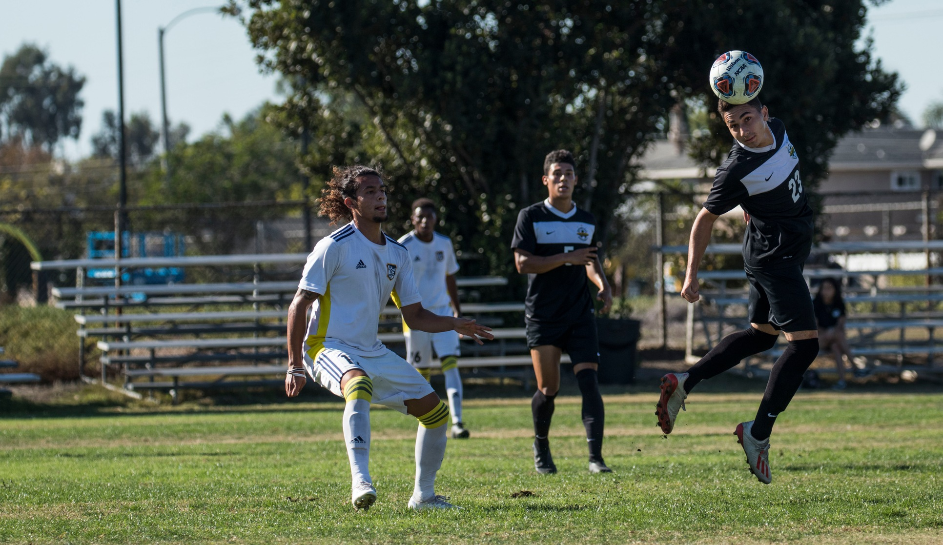 M Soccer: Ends in Tie with Hornets